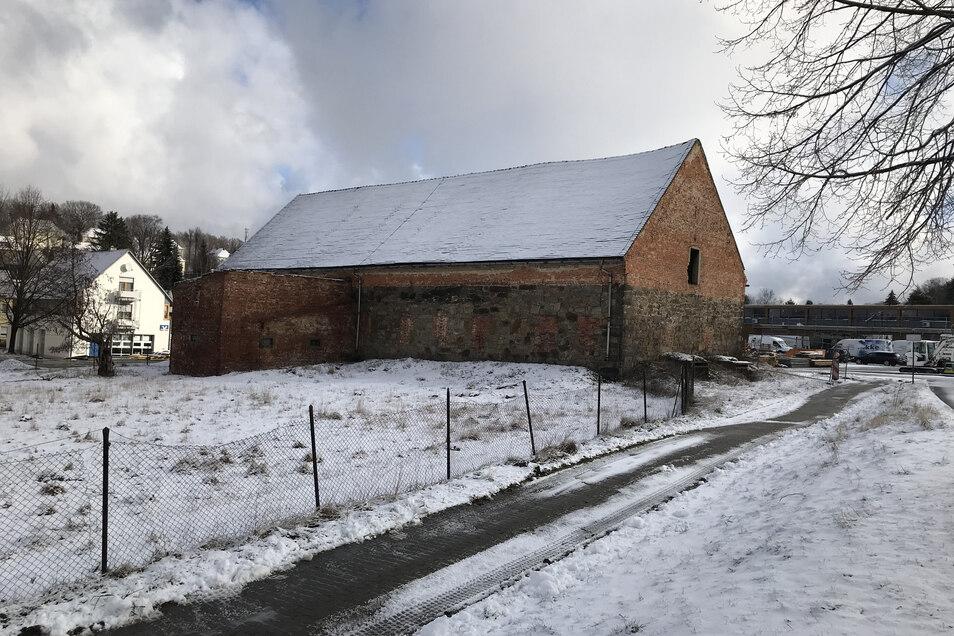 Eine alte Scheune hinter der Volksbank in Ebersbach. Sie ist in Privatbesitz.