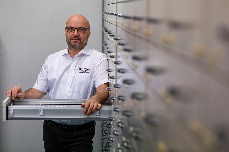Göran Donner führt zwei Apotheken in Dippoldiswalde sowie Rechenberg-Bienenmühle und ist Sprecher der Landesapothekerkammer. Angst hält er für einen ganz schlechten Ratgeber.