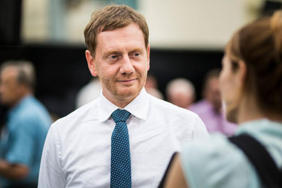 Sachsens Ministerpräsident Michael Kretschmer bittet die Sachsen um Mithilfe im Kampf gegen die Corona-Pandemie. Und setzt dabei stark auf das WIR.