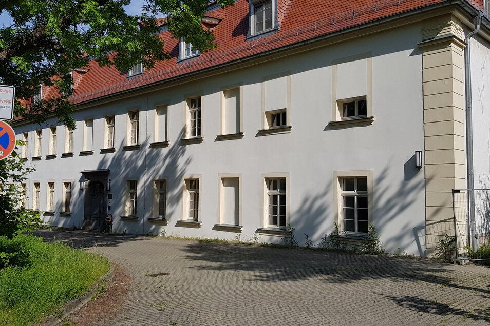 Ins Verwaltungsgebäude der ehemaligen Kinderkurklinik soll wieder Leben einziehen - und nicht nur dort.