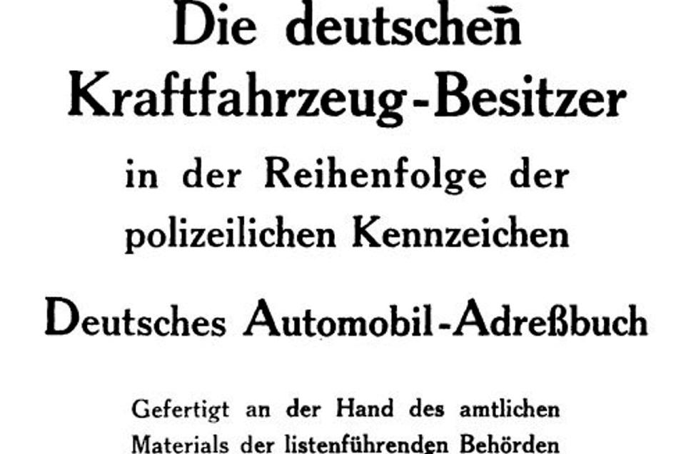 Dieses Buch verzeichnet auf 1.220 Seiten sämtliche zugelassenen Autos im Deutschland des Jahres 1909.