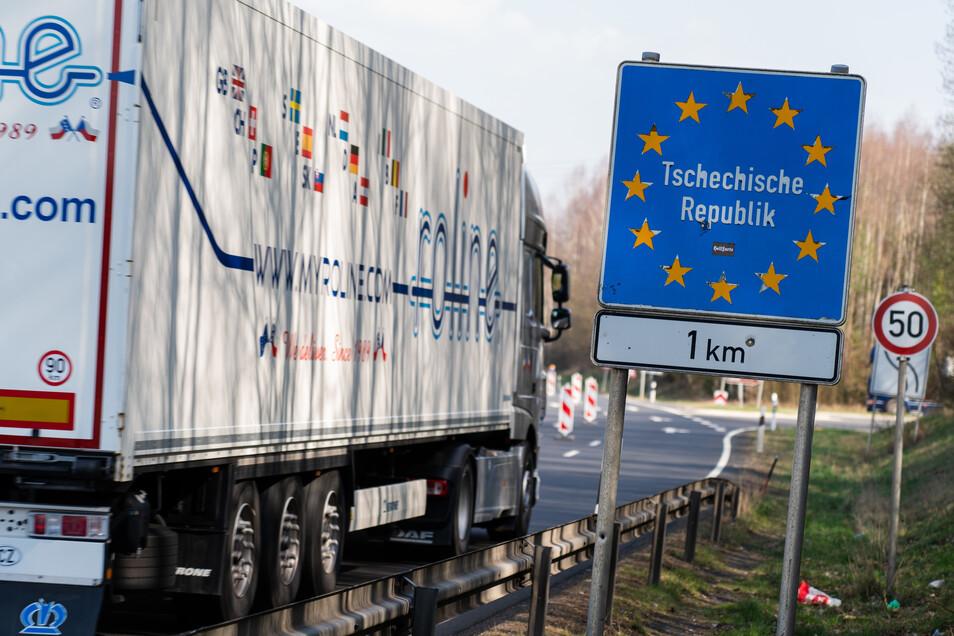 Tschechien bewacht streng, dass niemand ohne Ausnahmegenehmigung ins Land einreisen kann.