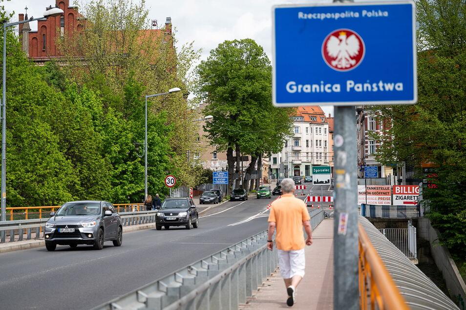 Nach Polen dürften jetzt wieder mehr Menschen unterwegs sein. Mit dem Auto ist dabei die neue Gesetzgebung im Straßenverkehrsrecht zu beachten.