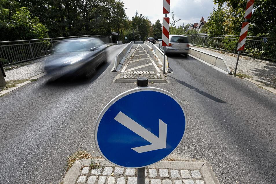 Seit beinahe zehn Jahren ist die Blockhausbrücke für größere Fahrzeuge gesperrt. Jetzt rückt ein Ersatzneubau in greifbare Nähe.