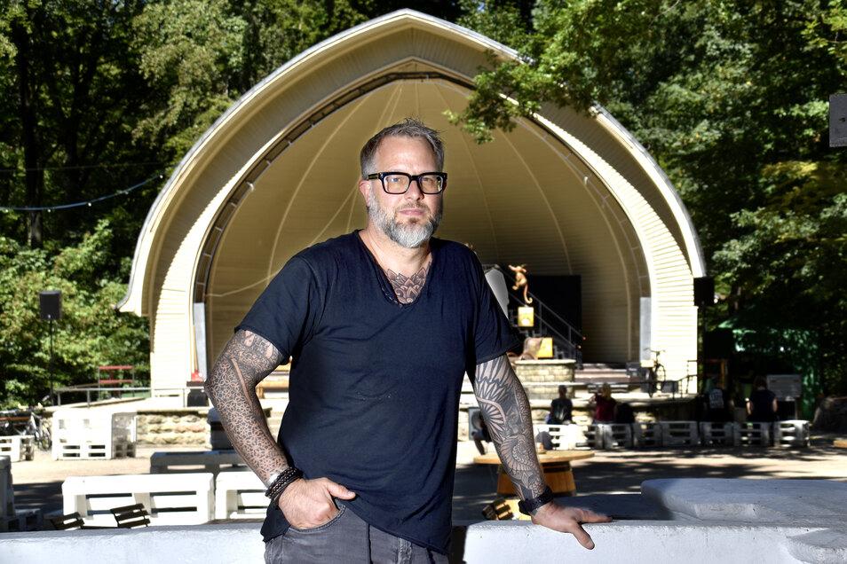 Den Konzertplatz Weißer Hirsch baut Stefan Hermann weiter aus. Während Corona die Gastronomie lahmlegte, hat er dort weiter investiert.