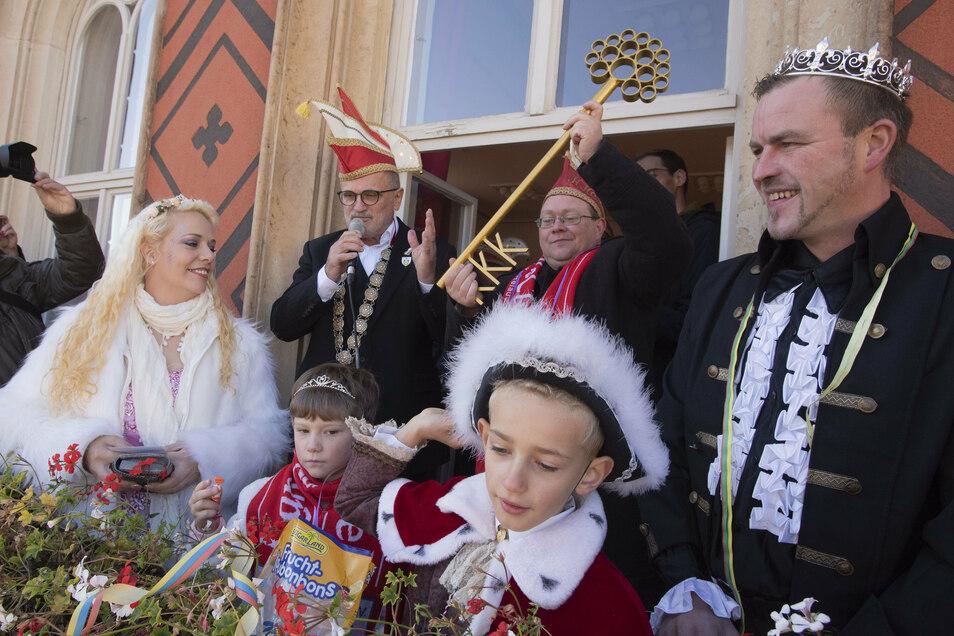 Eine Schlüsselübergabe im Rathaus wie am 11.11. 2019 wird es diesmal wegen Corona nicht geben. Doch vereinsintern will sich der Karnevalsclub das Ritual nicht nehmen lassen.
