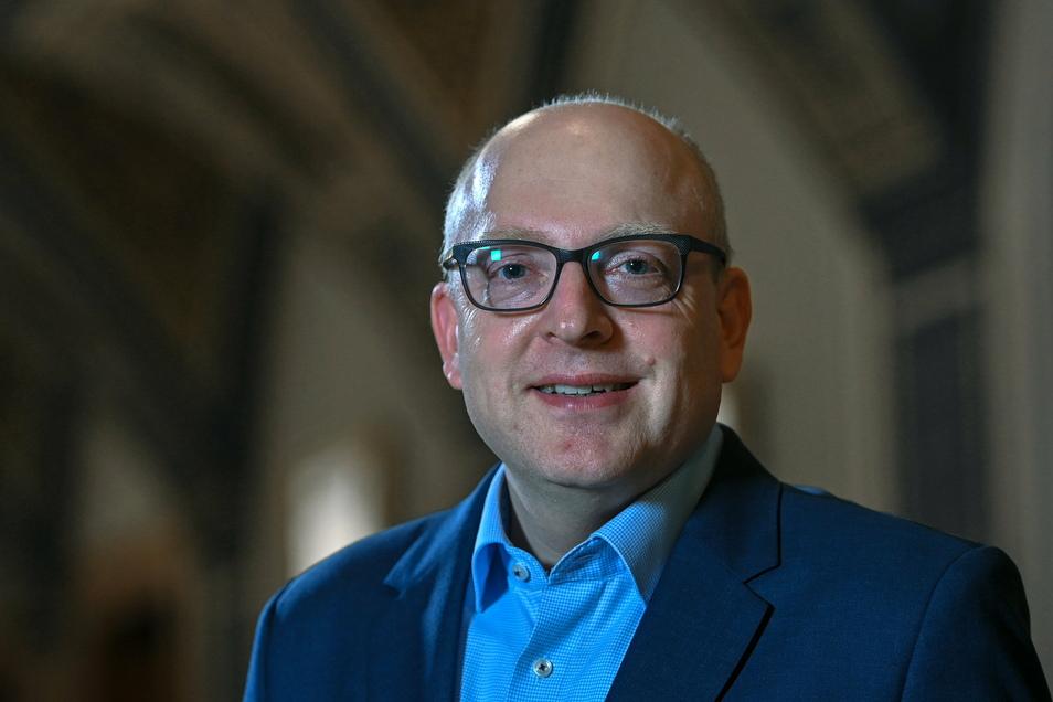 Sven Schulze (SPD), designierter Oberbürgermeister von Chemnitz, will sich zunächst zum Amtsverweser wählen lassen.