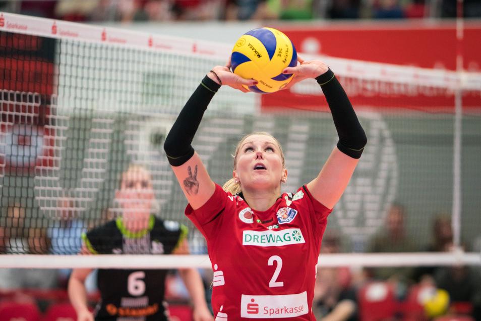 Nach 22 Jahren Volleyball, davon 13 beim Dresdner SC ist Schluss. Insgesamt hat Mareen von Römer mehr als 400 Spiele für den DSC bestritten.
