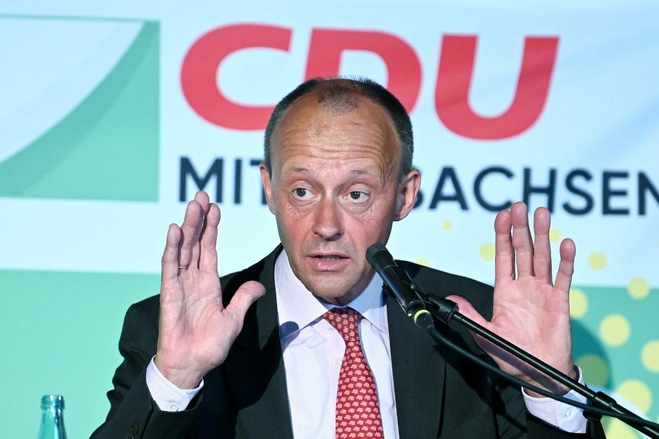 Friedrich Merz sprach im Döbelner WelWel vor Parteifreunden und beantwortete Fragen. Anfang Dezember will er sich zum Parteivorsitzenden der CDU wählen lassen.