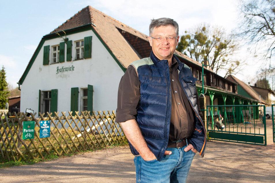 Im nächsten Jahr will Holger Zastrow seinen Gasthof Hofewiese sanieren.