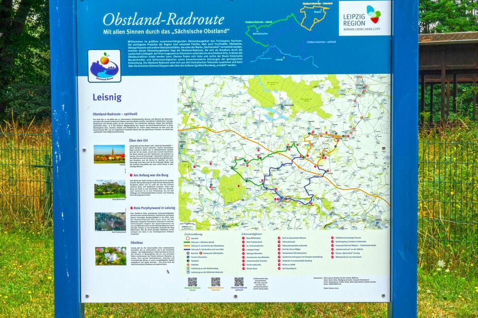 An 16 Stellen der Strecke, darunter am Bahnhof in Leisnig, können sich Radwanderer über die Route und Sehenswertes am Wegesrand informieren.