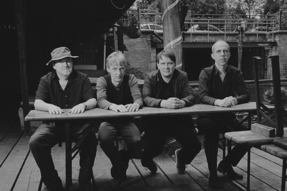 Element Of Crime zählen nach 35 Jahren und insgesamt elf Alben längst zum deutschen Kulturgut.