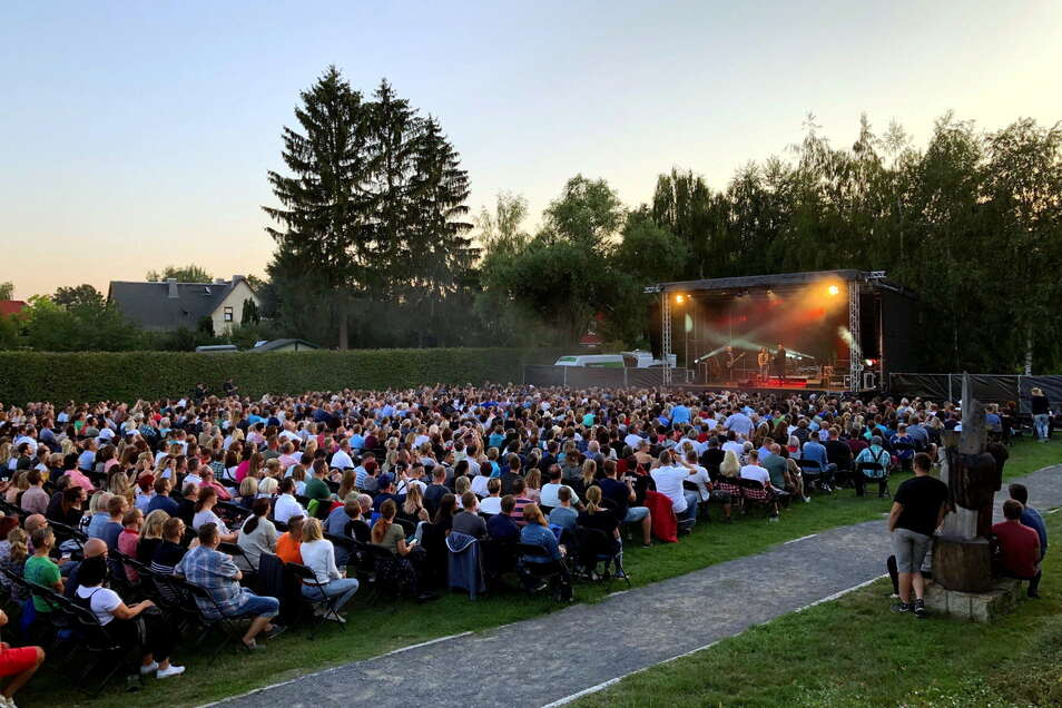 Auf der Festwiese von Adams Gasthof ist auch diesmal wie vor zwei Jahren volles Haus möglich. Denn bei Veranstaltungen mit bis zu 1.000 Besuchern gibt es aktuell keine Abstandsreglungen.