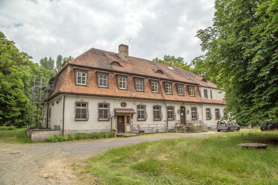 Das Naturschutzzentrum Schloss Niederspree ist Treffpunkt für die jungen Naturforscher. Von hier aus erforschen sie das Teichgebiet.