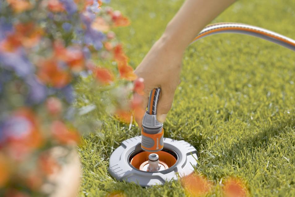 Mit der Wassersteckdose unkompliziert und überall gießen.