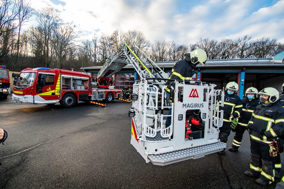 Ende des Jahres 2020 hat die Döbelner Feuerwehr eine neue Drehleiter erhalten.