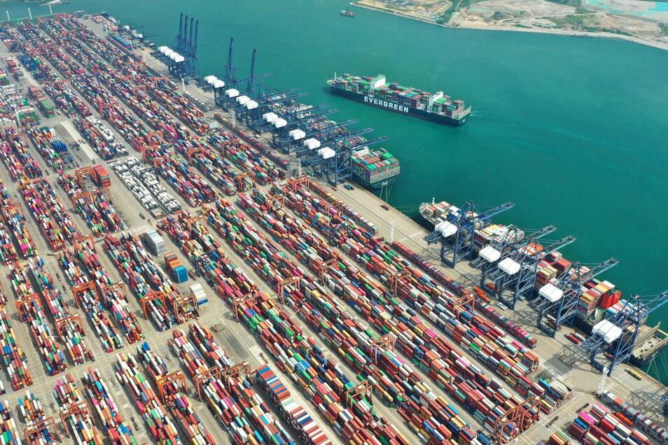 Yantian ist einer der wichtigsten chinesischen Häfen.