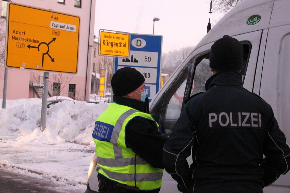 Bei den Grenzkontrollen am Übergang Klingenthal war weit weniger los als üblich.