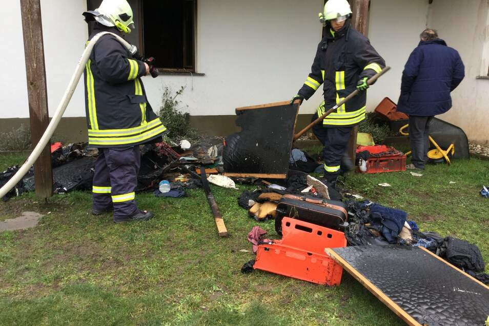 In der Stölpchener Straße in Welxande musste am Dienstagvormittag die Feuerwehr einen Brand löschen.