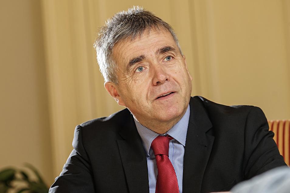 Der Bautzener Landrat Michael Harig wird für eine Aussage zum Anschlag in Hanau kritisiert.