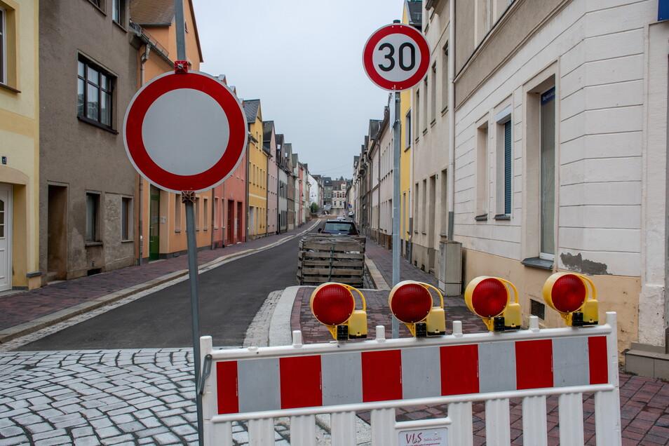 Die Arbeiten an der Annenstraße in Hartha verzögern sich immer wieder.