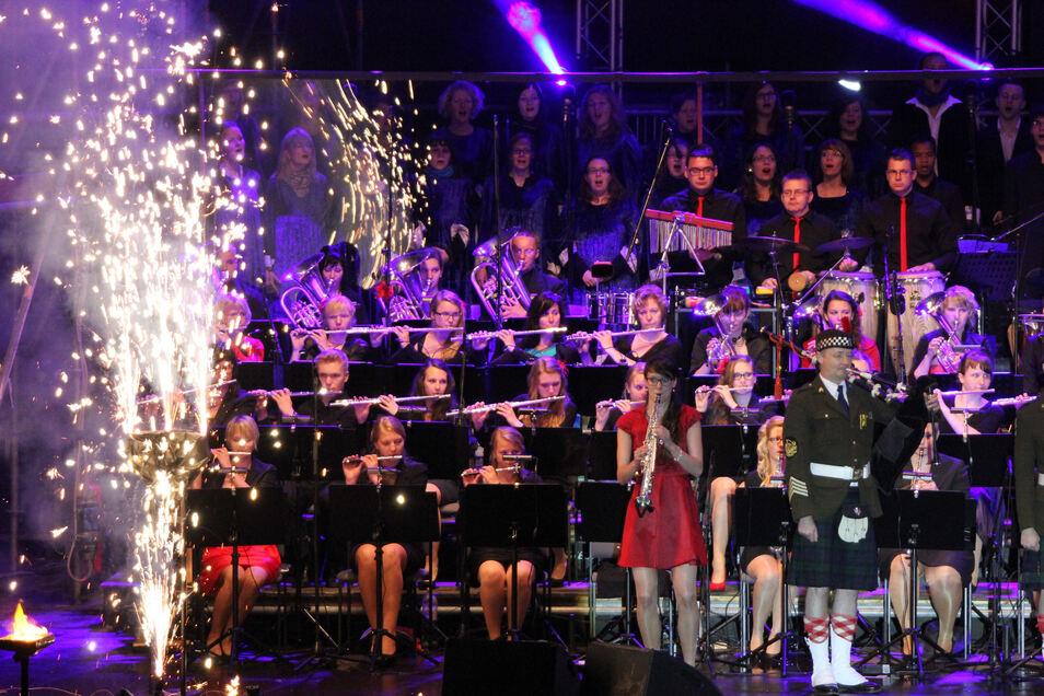 Der Spielmannszug Oberlichtenau veranstaltet dieses Jahr zwei Galakonzerte in Hoyerswerda. Das ist ein neues Projekt des Vereins, für das es Geld vom Kulturraum Oberlausitz-Niederschlesien gibt.