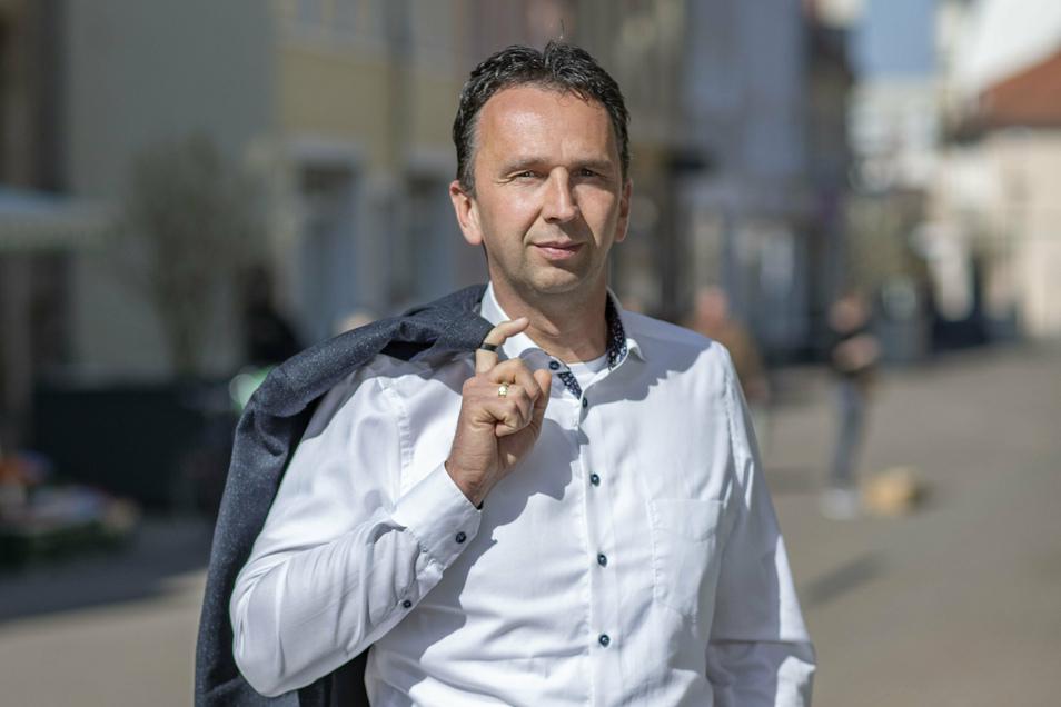Marco Müller (CDU) ist seit 2014 Oberbürgermeister von Riesa. 2021 wird hier neu gewählt.
