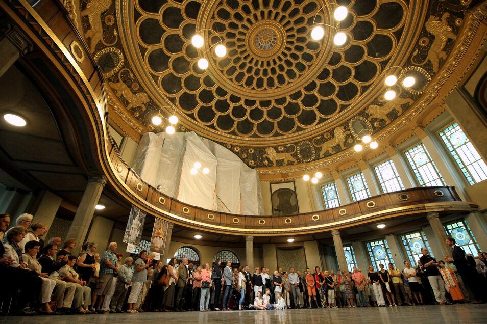 Die Kuppel der neuen Synagoge in Görlitz beeindruckt - zumal nach ihrer Wiederherstellung.