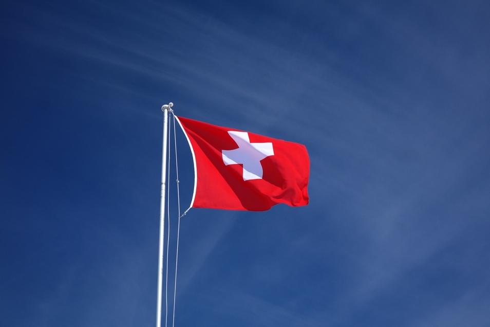In der Schweiz sorgt gerade die Unterwäsche von Soldatinnen für Aufsehen.