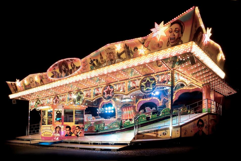Der Musik-Express gehört seit Jahrzehnten auf den Kamenzer Rummelplatz zum Forstfest. Betrieben wir er von Familie Bachmann.