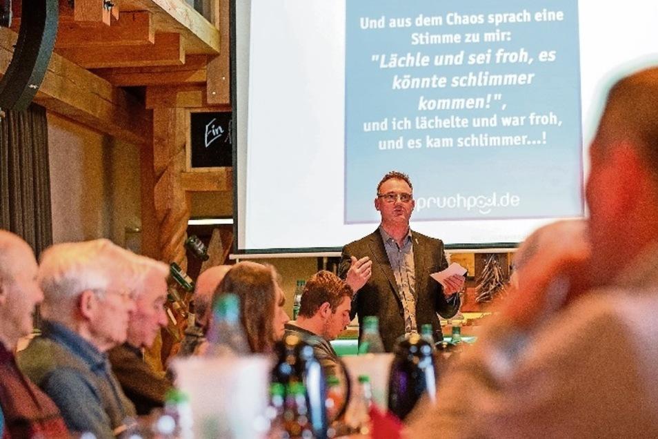 Henryk Schultz, Vorsitzender des Regionalbauernverbands Sächsische Schweiz-Osterzgebirge, bekräftigte beim Verbandstag in Cotta noch einmal seine Kritik an den Politikern, die den Landwirten immer mehr Auflagen erteilen wollen. Für die Bauern sei die Euro