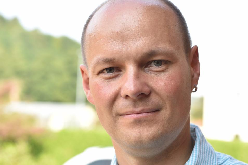 Manuel Schneider (36), Uhrmachermeister aus Schlottwitz, trat für die Wählervereinigung Schlottwitz zur Stadtratswahl an.