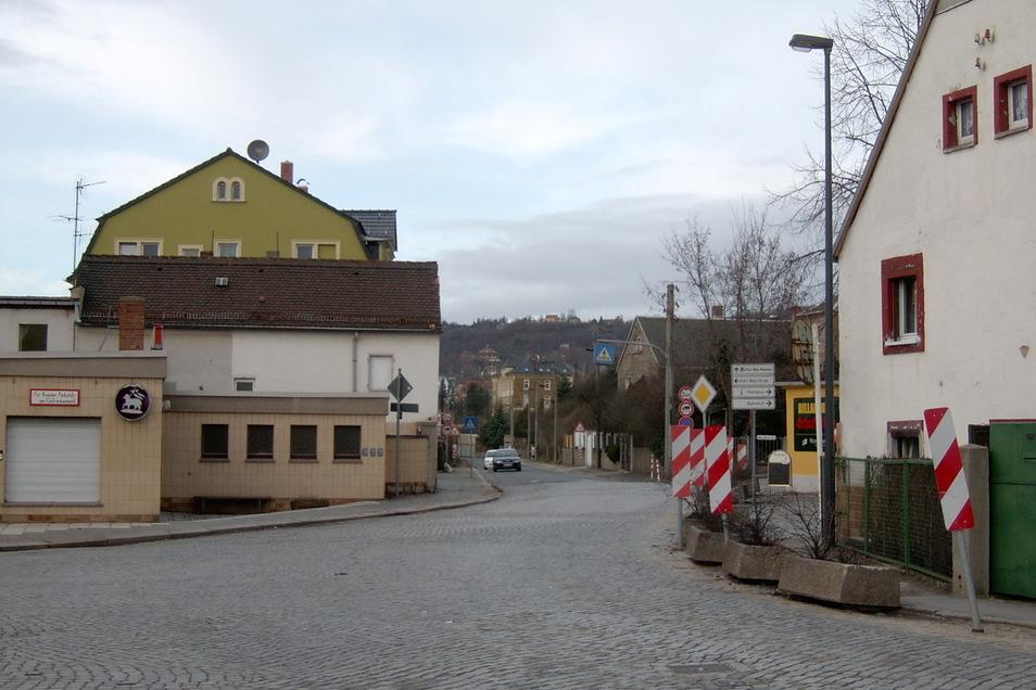 Ein unübersichtlicher Kreuzungsbereich mit Pflastersteinen war einst die Scharfe Ecke.