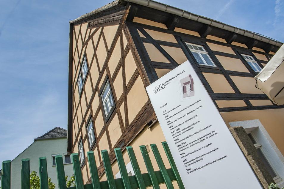Zwar ist das Zabeltitzer Bauernmuseum zurzeit geschlossen. Doch moderne Technik lässt trotzdem einen Einblick zu.
