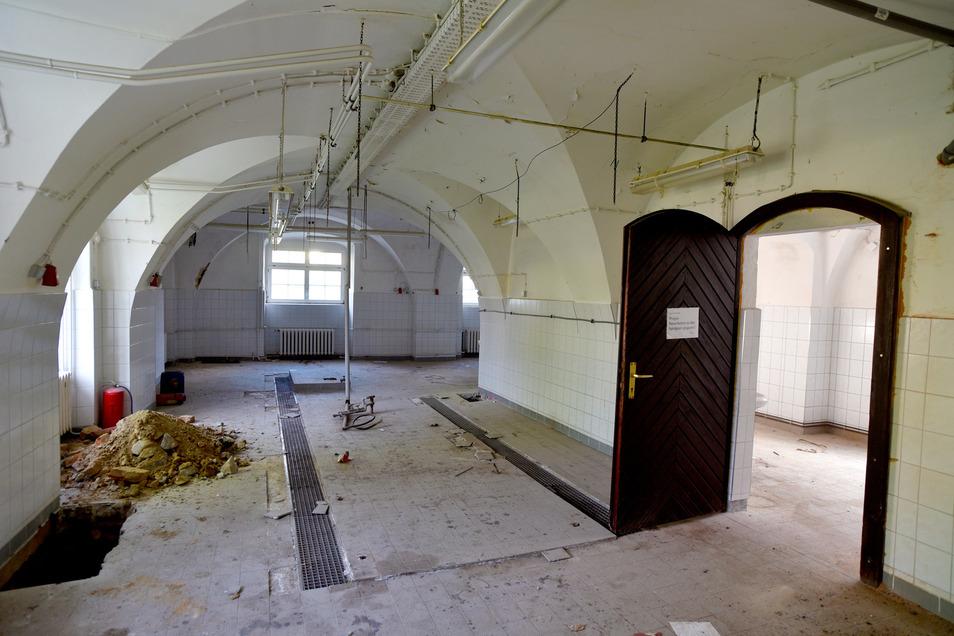 Hier war einst die Schulküche für die Herrnhuter Schule - den nun abgerissenen Plattenbau - untergebracht.