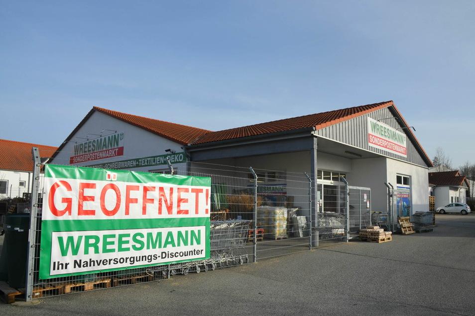 Offen hat Wreesmann nicht nur in Reichenbach, sondern auch in Görlitz, Rothenburg, Löbau und Oderwitz. Das Einkaufen ist allerdings eingeschränkt.