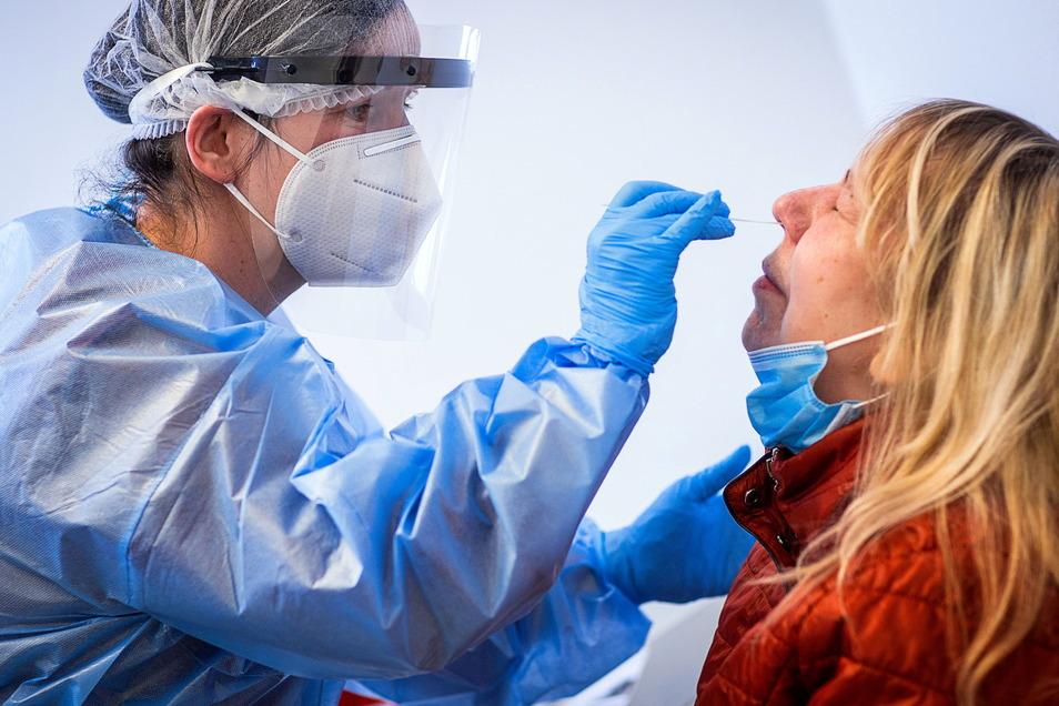 Mehr Neuinfektionen im Kreis Görlitz lassen den 7-Tage-Inzidenzwert steigen.