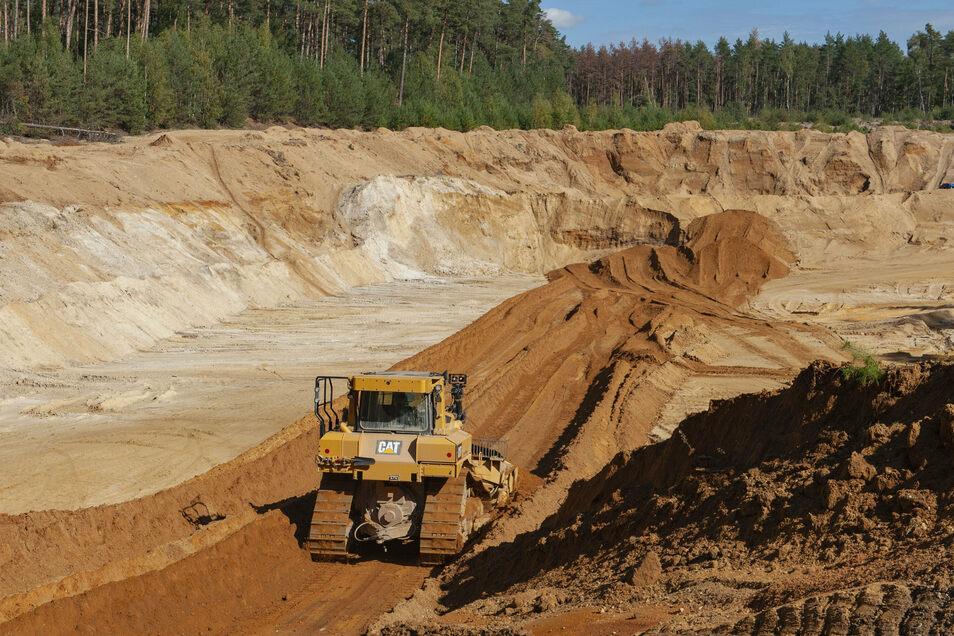 Die Sand- und Kiesvorkommen des Ottendorfer Werkes sind begehrt. Umweltschützer und Anwohner machen sich aber seit Jahren gegen neue Abbau-Gebiete stark.