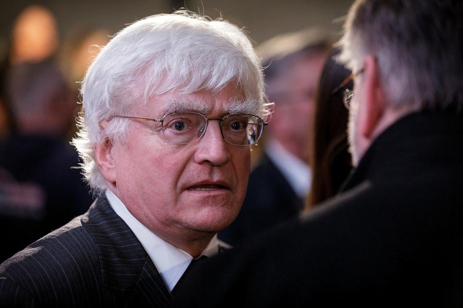 Winfried Stöcker - hier beim Neujahrsempfang in Görlitz 2020 - spaltet mit seinem Impfstoff die Gemüter nicht nur in der Oberlausitz.
