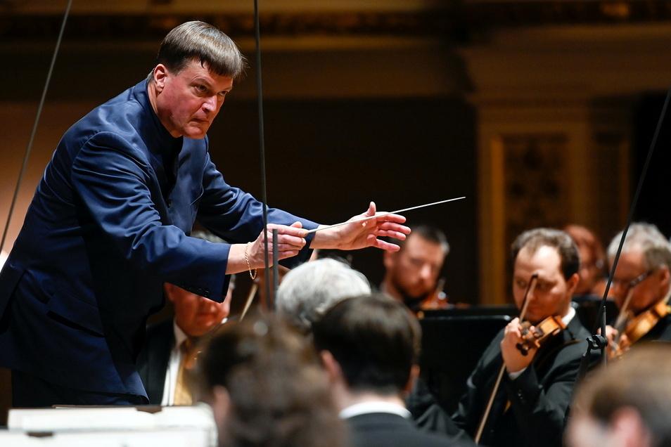 Christian Thielemann dirigiert die Staatskapelle Dresden.