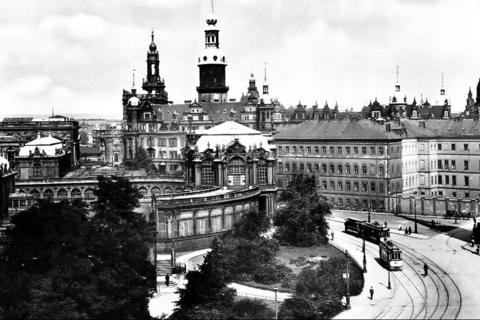 Das historische Zentrum vor 1945. Am Freitag gibt es Bilder vom Alten Dresden direkt vor dem neuen auf der großen Leinwand der Filmnächte.