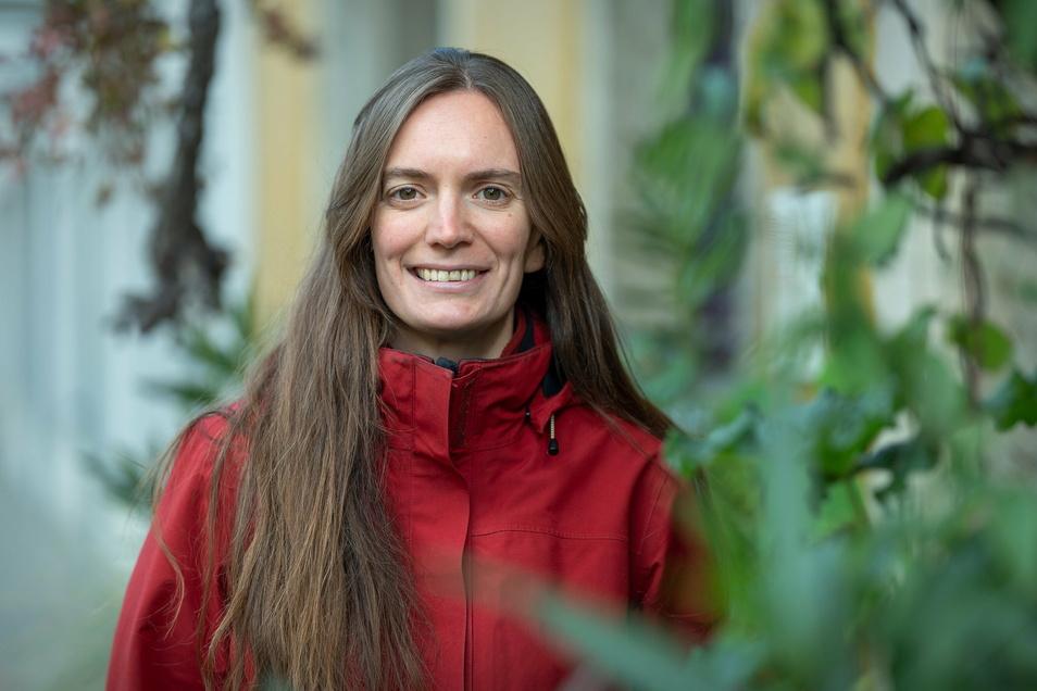 Louise Hummel-Schröter ist gelernte Augenoptikerin und derzeit Bundesfreiwilligendienstleistende beim BUND Sachsen, vor allem im Bereich Öffentlichkeitsarbeit und politische Lobbyarbeit.