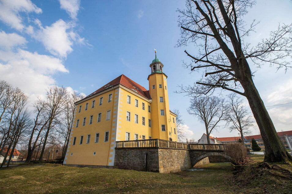Endlich kann es losgehen. Die Machbarkeitsstudie für die Entwicklung von Schloss Langburkersdorf ist angeschoben.