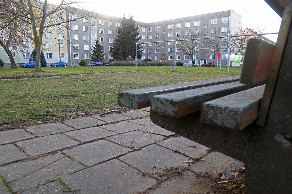 Noch sind am Clara-Zetkin-Ring Asylbewerber untergebracht. Ein AfD-Politiker schlägt vor, die Platte nach deren Auszug als neues Riesaer Obdachlosenheim zu nutzen.