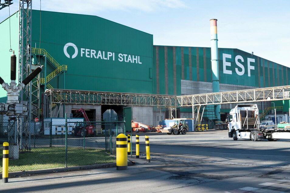 Das Feralpi-Stahlwerk in Riesa hat in den vergangenen Jahren regelmäßig investiert - und informiert darüber auch die Öffentlichkeit.