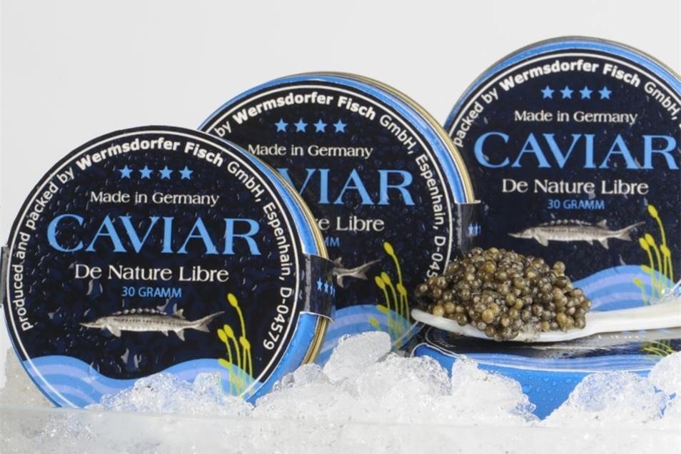 Abgefüllt wird Kaviar in Blechdosen.