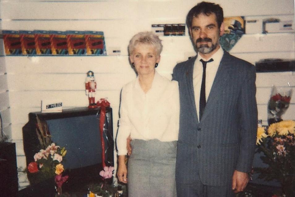 Renate und Hartmut Münnich am Tag der Geschäftseröffnung am 19. November 1990.