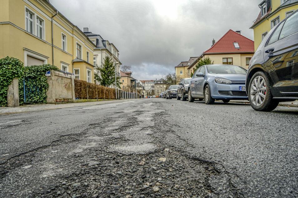 So sah die Mucke-Straße in Bautzen vor Beginn der Bauarbeiten aus. Ende September sollen sie abgeschlossen sein.