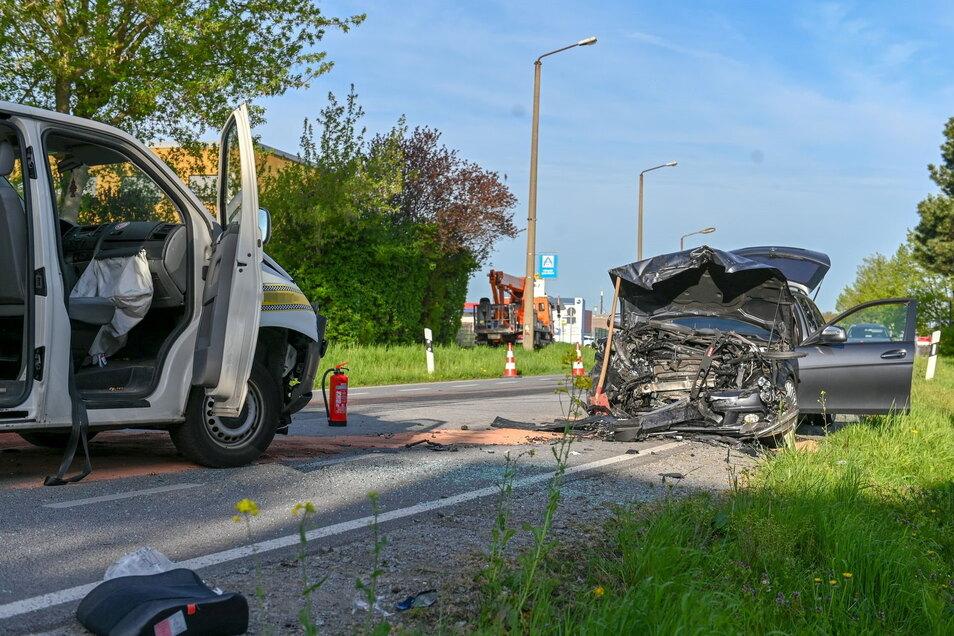 In Bautzen kam es am Morgen zu einem schweren Verkehrsunfall. Dabei wurden fünf Personen verletzt, darunter zwei Kinder.