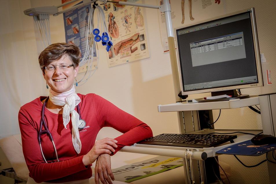 Dr. Daniela Schoch ist niedergelassene Ärztin in KIrschau. Sie hat zum Thema Impfen gegen Corona jetzt einen offenen Brief an den Bundesgesundheitsminister geschrieben.